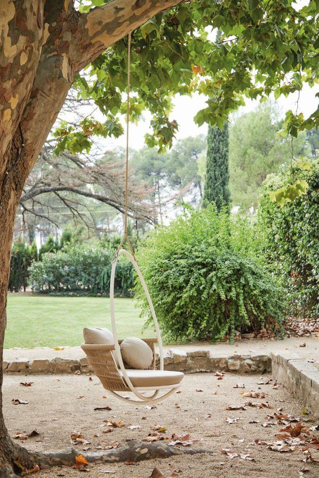 garden tree swing