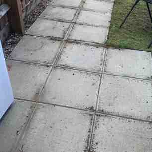 how to stencil concrete paving slabs