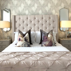 10 Ways to style a bed with scatter cushions with Lydia from home ideology